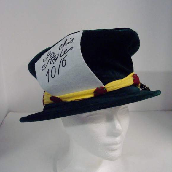Accessories - Alice in Wonderland Mad Hatter Costume Hat